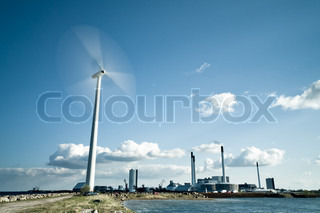Spinning Wind turbine with power plant behind