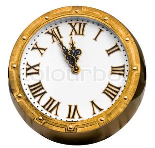 Old Vintage Messing oder Bronze -Uhr Anzeige 5 Minuten vor Mitternacht isoliert