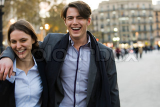 ©Eric Audras/AltoPress/Maxppp ; Couple walking on street together
