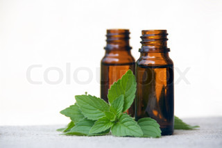 Aromatherapy Aroma Oil in Glass Bottles with Mint
