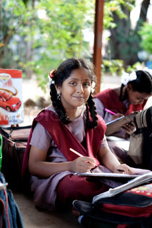 Image of 'tamil, school, girl'