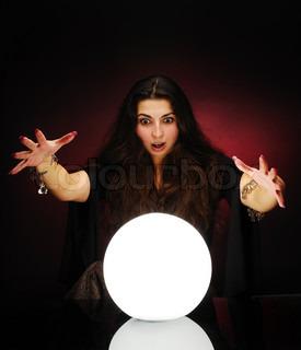 Bild von 'ball, sitzend, hypnotiseur'