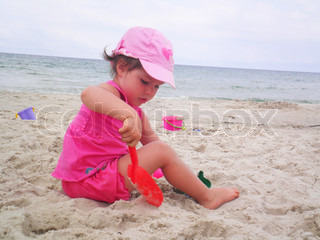 Image of 'beach, children, play'