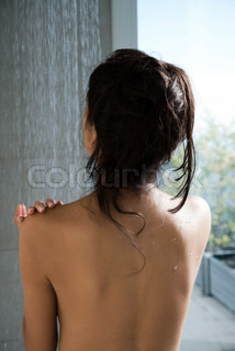 Image of 'women, shower, showers'