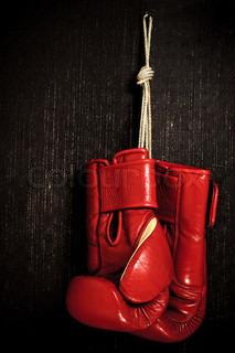 Boxhandschuh-Grunge hintergrund hängen