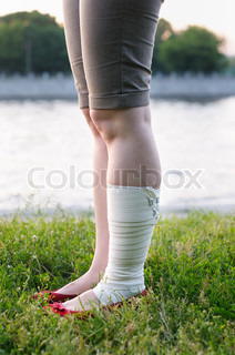 Image of 'ankle, woman, people'