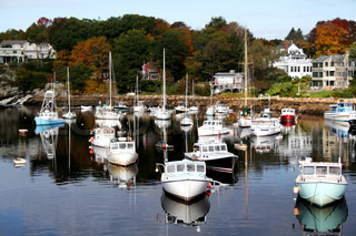 Fishing boats are docked in perkins cove maine in autumn for Who sells fishing license near me