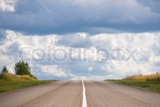Empty road straight to the heaven