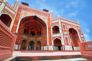 Mughal architecture of 1565-72 A