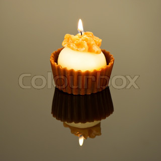 sweet aroma candle cake shape selective focus