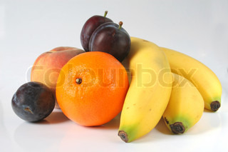 Frugt isoleret Bananer , Orange , Peach , Plum