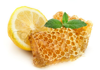 Honey honeycombs with lemon and mint