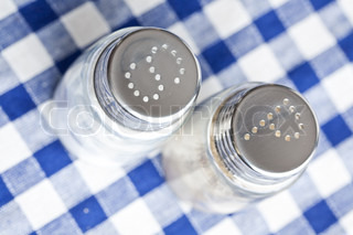 photo shot of salt and pepper shaker