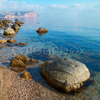 Sea, shore and stones