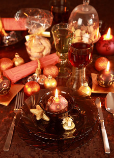 Luxury place setting in golden and brownfor Christmas
