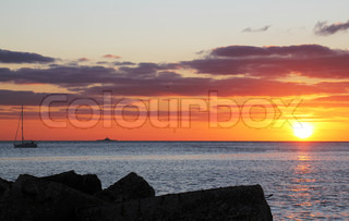 sail, sailing, boat, Rio Tejo, Tagus River, seaside, riverside, twilight, sunset, orange, yellow, ocean, river mouth, Portugal, 2011, Lisbon, Lisboa, Lkissabon, Lisbonne, Lisbona,