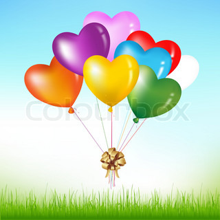 Bunch Of Colorful Heart Shape Balloons Mit Goldenen Bogen über Gras