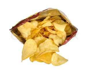 Kartoffel-Chips im Paket isoliert auf weißem Hintergrund