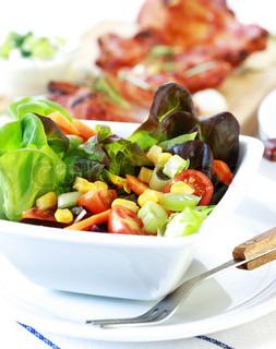 Lille blandet salat med lavt kalorieindhold