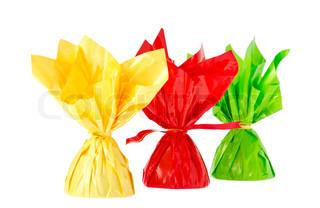 eine rote, gelbe und grüne Bonbons , isoliert auf weiß