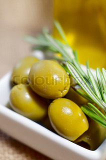 Image of 'olive, selective, background'