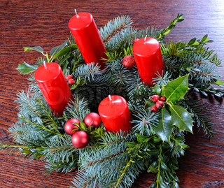 Advent wreath with four candles red
