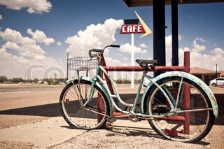 Old rusted and abandoned bicycle somewhere in USA