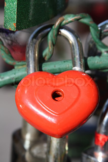 Red Heart Lock