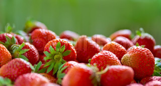 Panorama of Fresh ripe perfect strawberry Food Frame Background