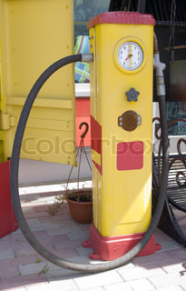 Station for refuelling motor transport Only by the filled car it is possible to go in any direction