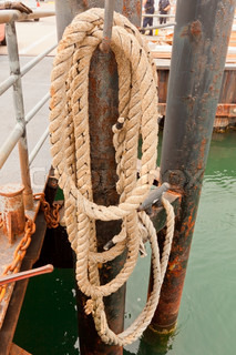 Mooring rope at the marine pier