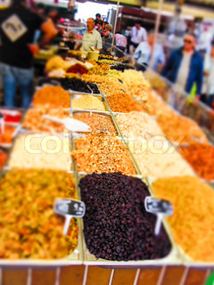 Marktstand in Paris - Market stall with fruits