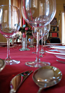 dinner setting for party