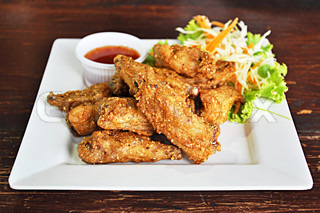Thai style deep fried chicken wings