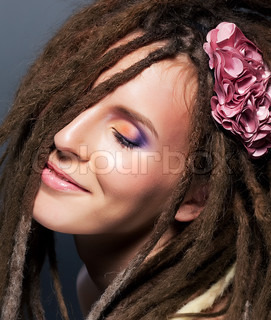 Dreads coiffure Emotions Fashion femalehairstyle Flower