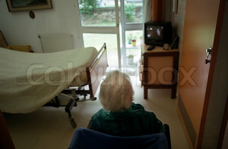Image of 'old, pensioner, television'