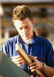 Image of 'people, carpenter, work'