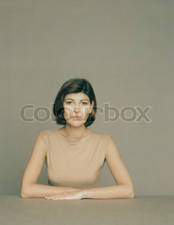 Image of 'business, young, woman'