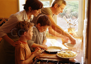 Image of 'cooking, mum, families'