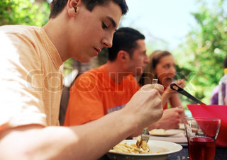 Image of 'people, young, pasta'