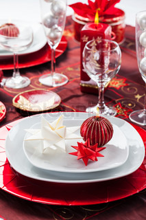 Place setting Christmas with paper star