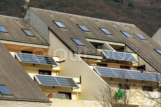 Image of 'alternative energy, house, solar'