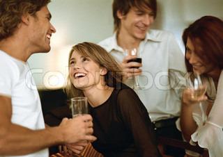 Billede af 'more, samtale, drikke'