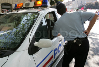 Image of 'police, policeman, policemen'