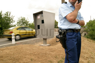 Image of 'gendarme, safety, road safety'