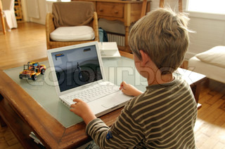 Image of 'computer, kid, kids'