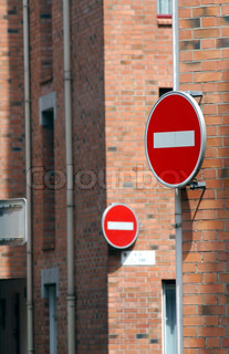 Image of 'signs, sign, road sign'
