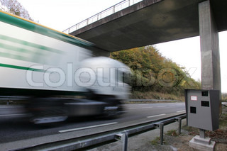 Image of 'trucks, road safety, transport routier'