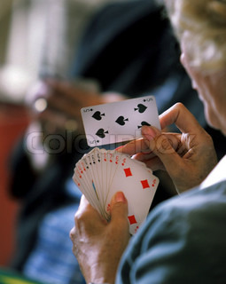 Image of 'senior, cards, card'