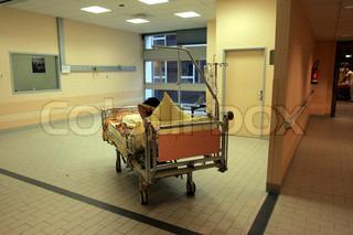 Image of 'hospital, hospitals, couloir'